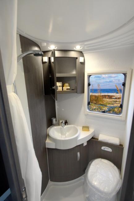 457_w_h_Wingamm-Oasi-69-LX-Toilette_TOILETTE-690LX-800