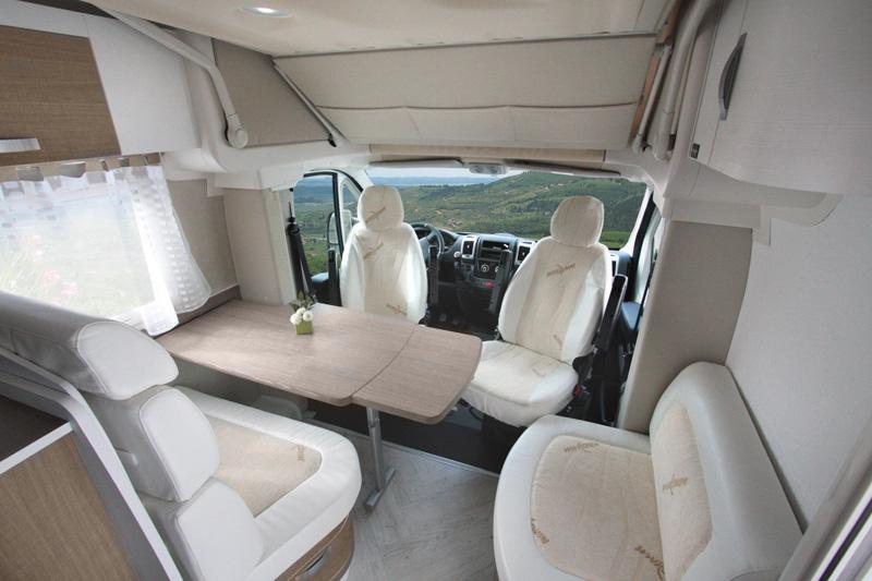 620_w_h_Wingamm-Oasi-690-Garage-S-Comfort-zone_DINETTE-sito