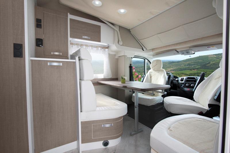 621_w_h_Wingamm-Oasi-690-Garage-S-Comfort-zone_VISTA-ANTERIORE-sito