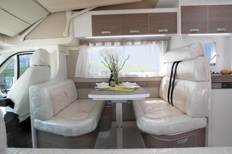 818_w_h_Wingamm-Oasi-610-N-Comfort-zone_DINETTE-610N